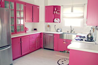 Darling pink kitchen via A Beautiful Mess