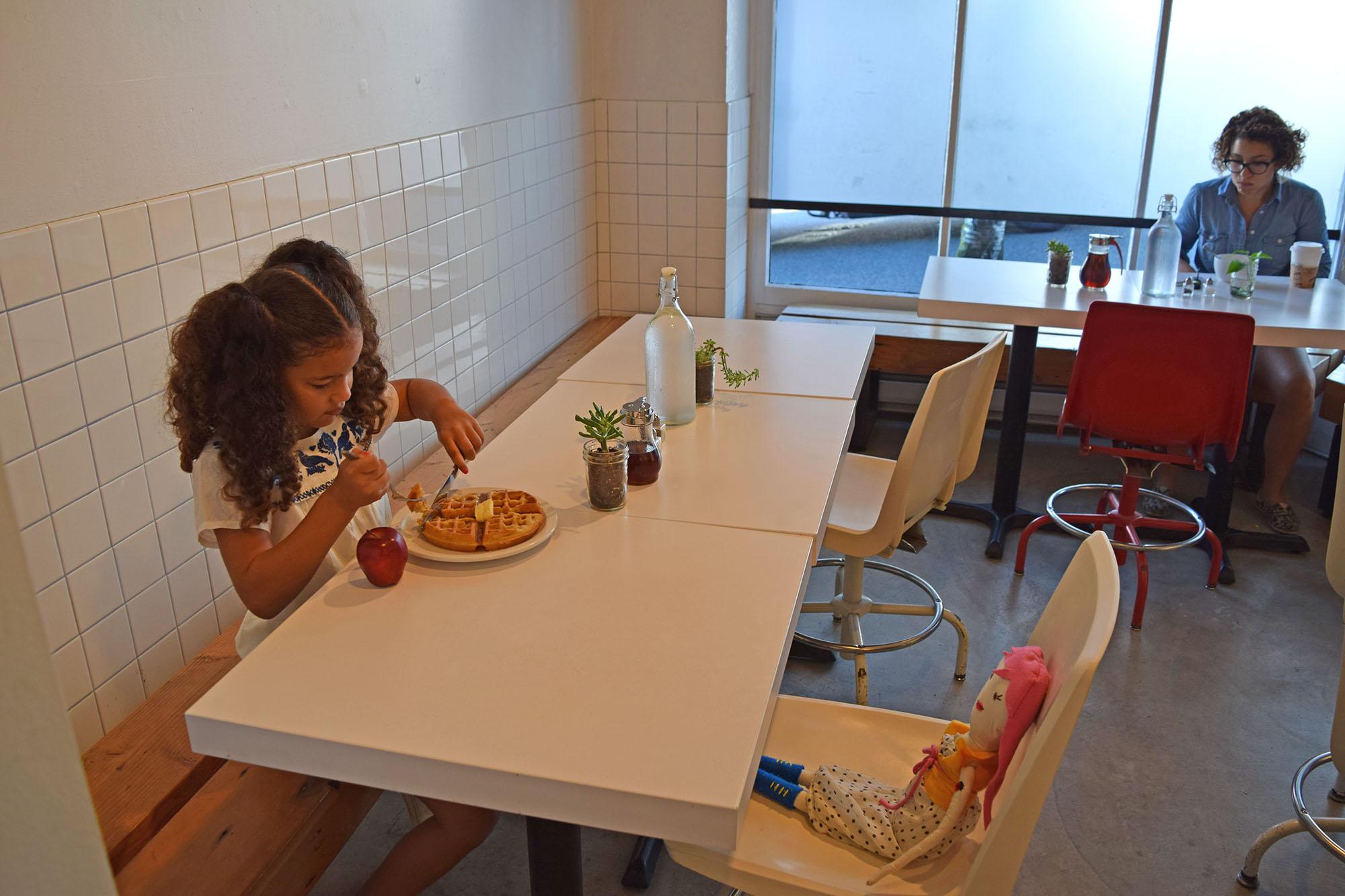 liv-breakfast