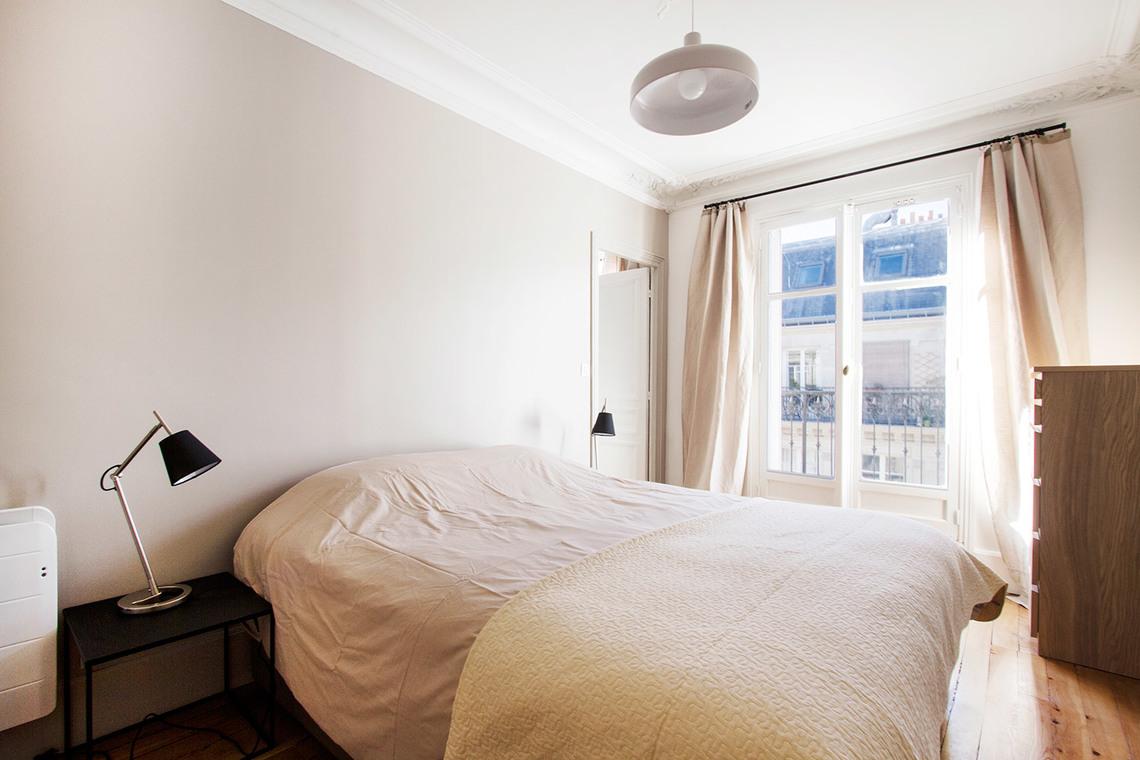 rue Tresor bedroom 2
