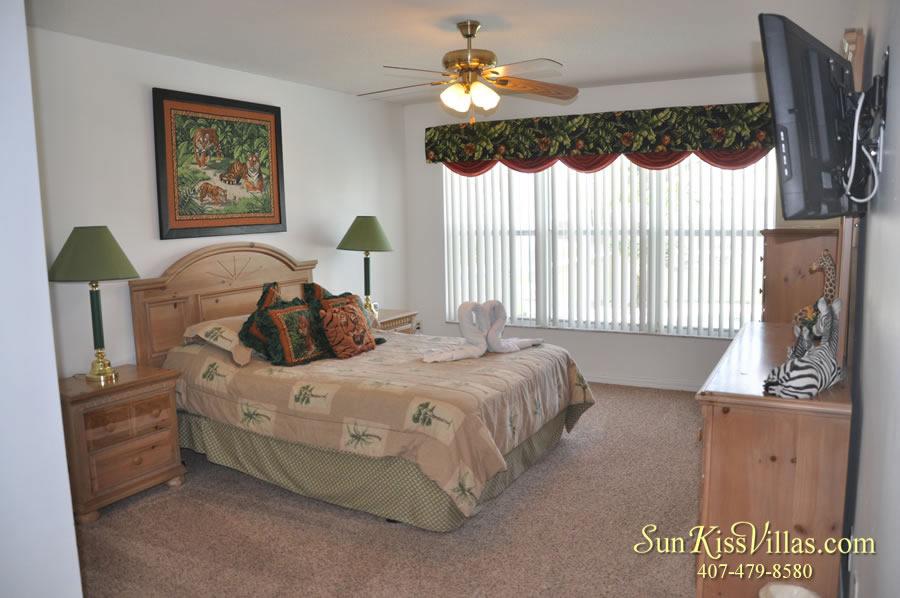 Disney Vacation Home Rental - Disney Palms - Master Bedroom