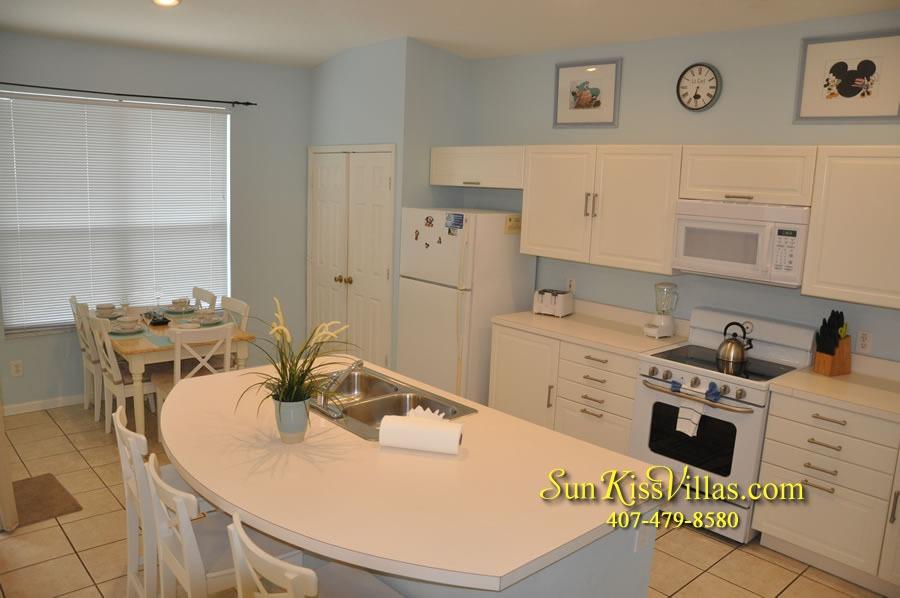 Disney Vacation Rental Home - Mickey's Cottage - Kitchen