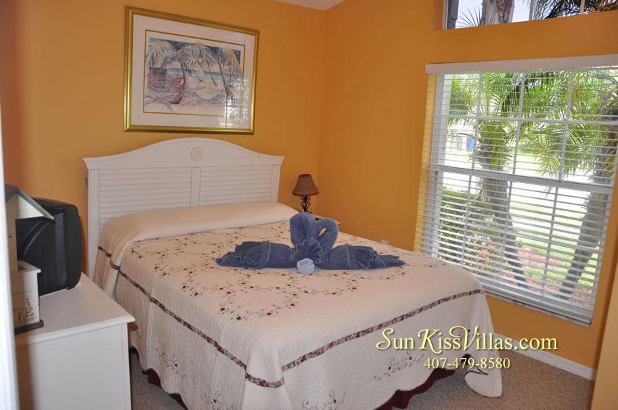 Orlando Vacation Rental - Palm Lake - Bedroom