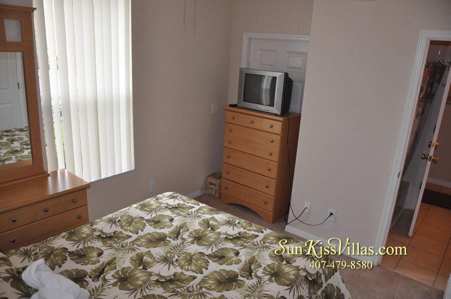 Disney Orlando Vacation Townhouse Rental - Quiet Cove - Bedroom
