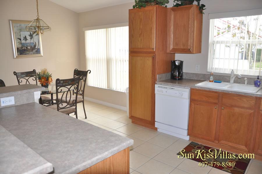Vacation Villa Rental Near Disney - Emerald Cove - Kitchen
