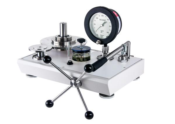 Dead Weight Pressure Gauge Calibrator