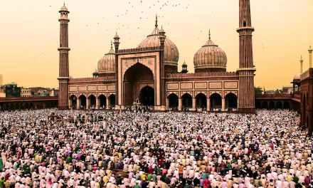 How Do Muslims Celebrate Eid?