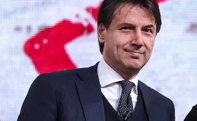 Italy President Summons Conte Possibly Paving Way For Pm