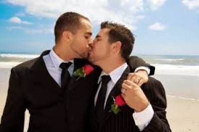 Taiwan becomes first in Asia to legalises gay marriage