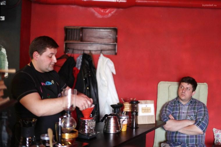 Приготовление кофе в Кофе на кухне - воронка