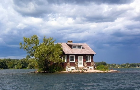 Τα Χίλια νησιά1