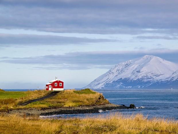 σπίτια στη μέση της φύσης11
