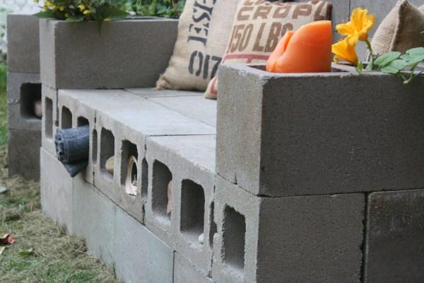 DIY Υπαίθριος Καναπές από μπλόκα8