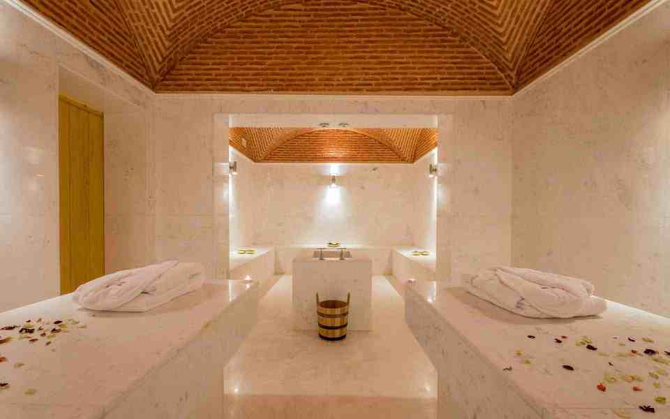 The First Thing to do in Morocco Go to a bath ''Hamam''