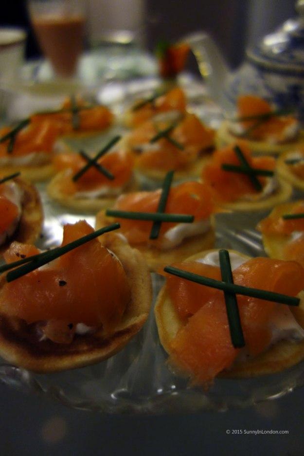 Lactose Free Christmas Recipes Bake-a-Book London West Hampstead Arla Lactofree Mince Pie Cupcakes Salmon Blini