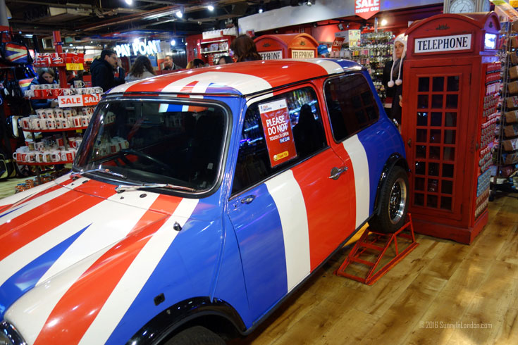 Cool Britannia Piccadilly Circus London Mini Cooper