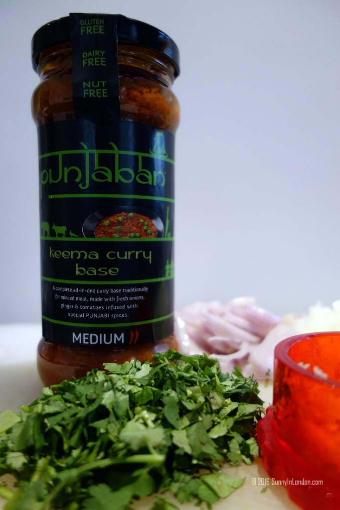 Lamb Saag Aloo Recipe- Spinach and Potato Indian Curry from a British man living in London Punjaban Keema Curry Base