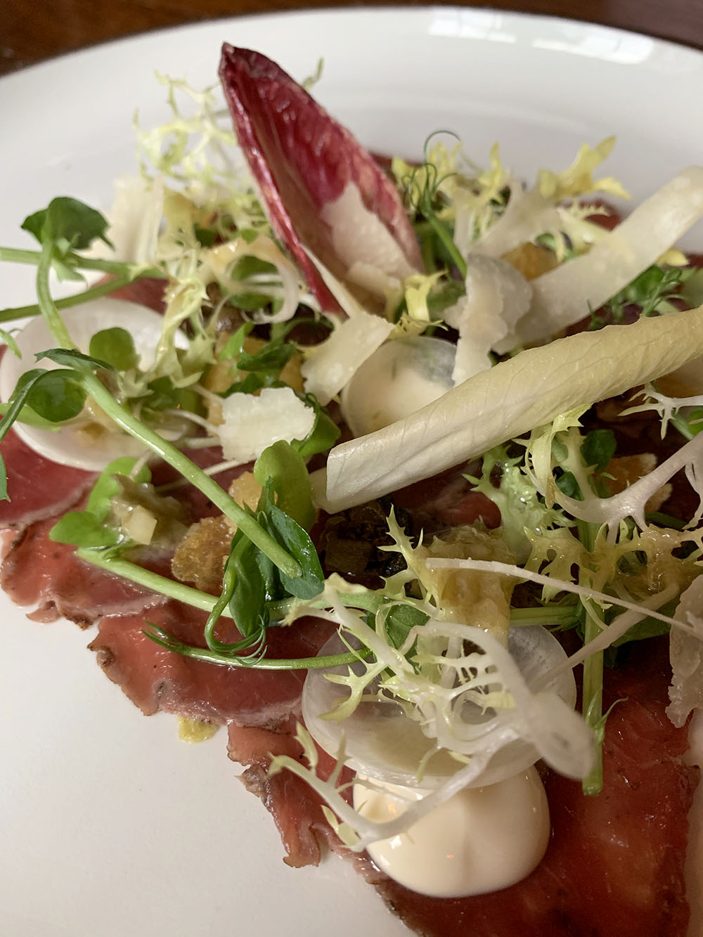hinds-head-bray-review-food-capital-england-venison-carpaccio
