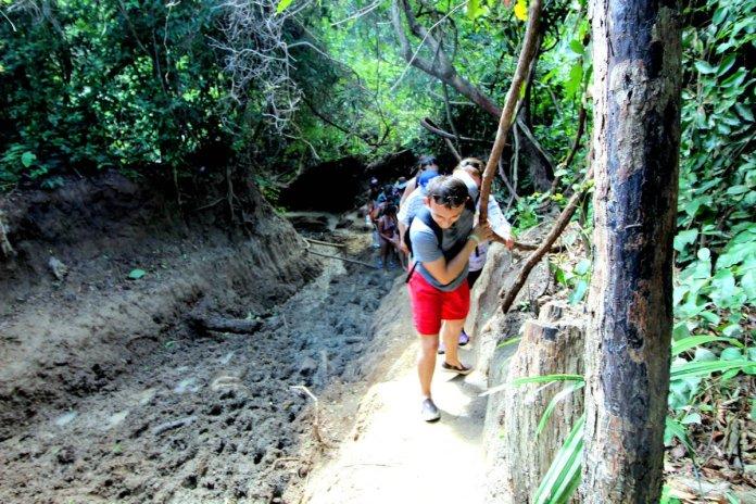 Tayrona hike mud