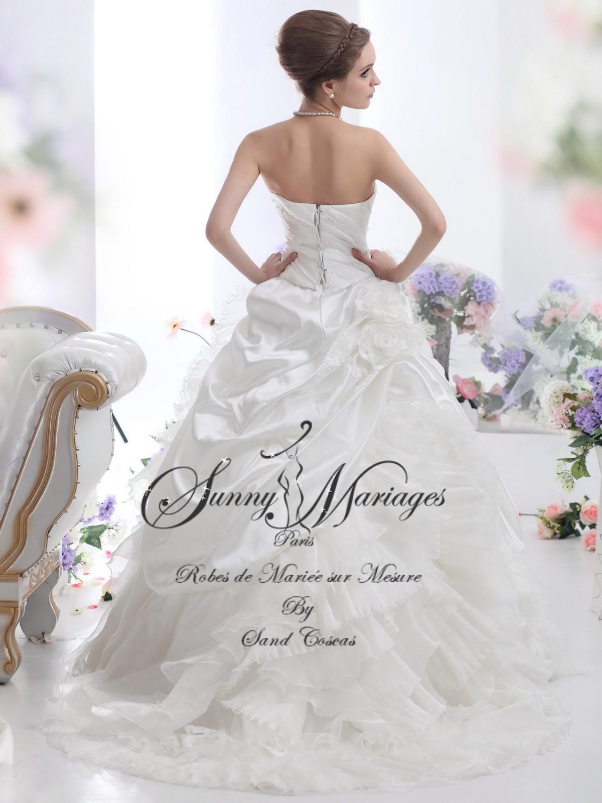 93f1b712de0c5 Robes De Mariee Princesse Sissi Jupe Bouillons Satin Sunny