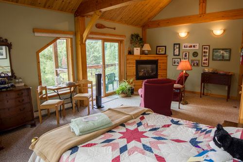 Bedrm-Woodrush-Fallsview-Suite2ps