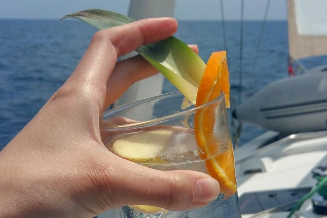 soul sailing crew sail & yoga