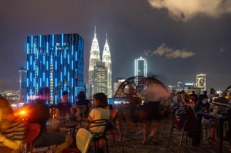 heli lounge bar kuala lumpur bei nacht
