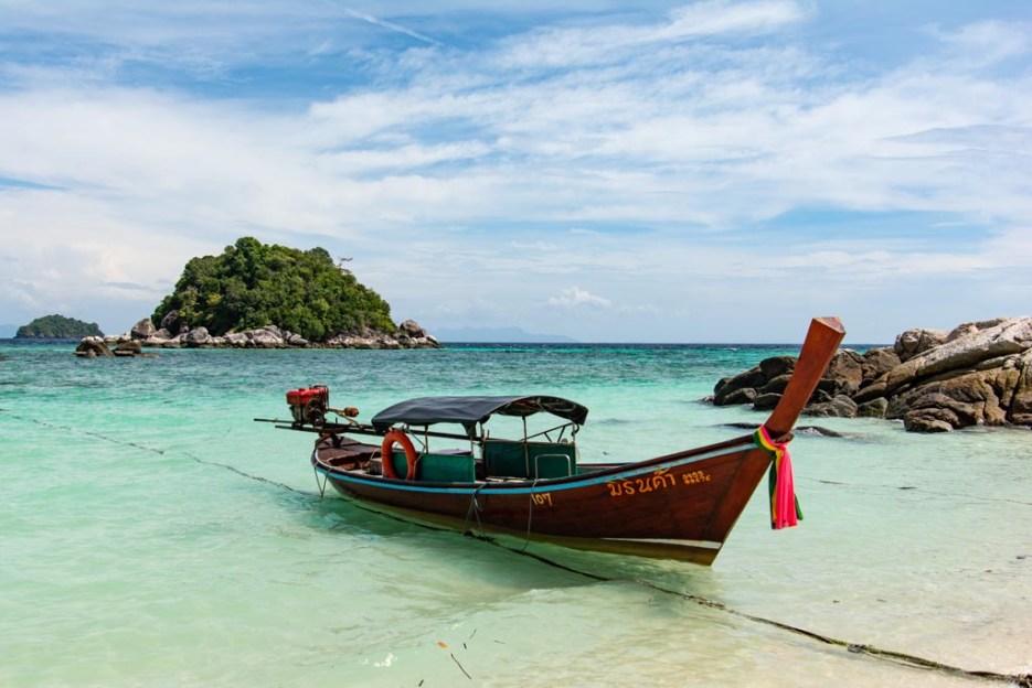 tamron 18-400 mm beispielfoto longtailboot koh lipe thailand