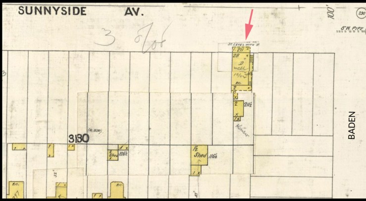 1905 Sanborn map. 211 Sunnyside Ave (219 Monterey) shown with arrow. From DavidRumsey.com