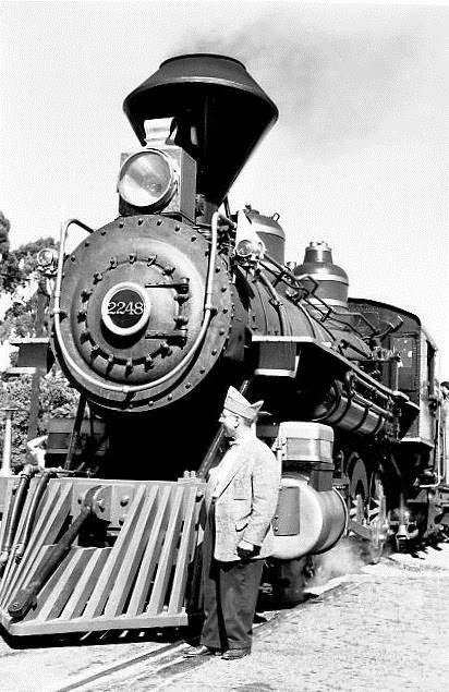 An actual 1896 Southern Pacific train, preserved. Getting hit by one of these was no joke. Photo taken in the 1950s. From southernpacificlines.blogspot.com.