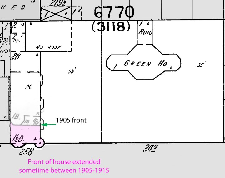 Altered 1915 Sanborn map of the Merralls property, with overlay of the 1905 front of the house. Extension added between the two dates marked in pink.