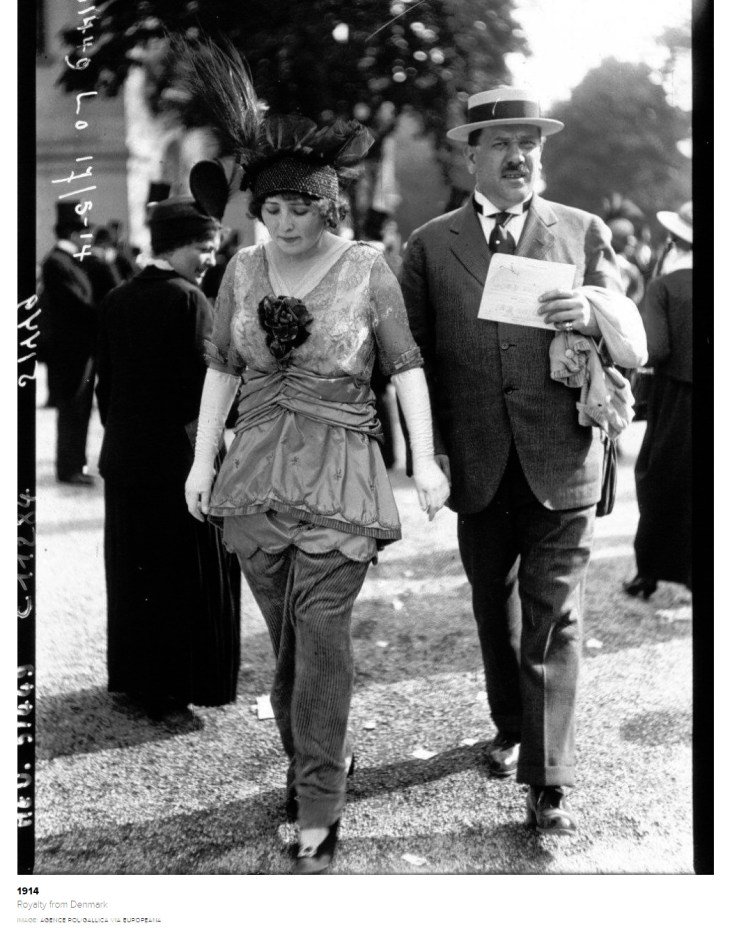 This must have looked damned sexy in 1914; Paris Races.