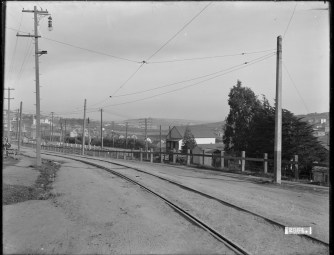 U02894. Monterey Boulevard at Circular Avenue Looking East. 5 January 1911. Photo courtesy SFMTA, sfmta.photoshelter.com.