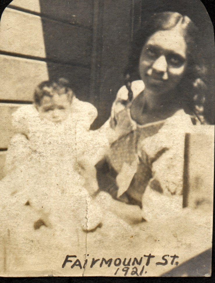 1921. Irma Reid with the newborn Bertha, at 116 Fairmount Street, San Francisco. Courtesy Charles Reid/Ivy Reid Collection.