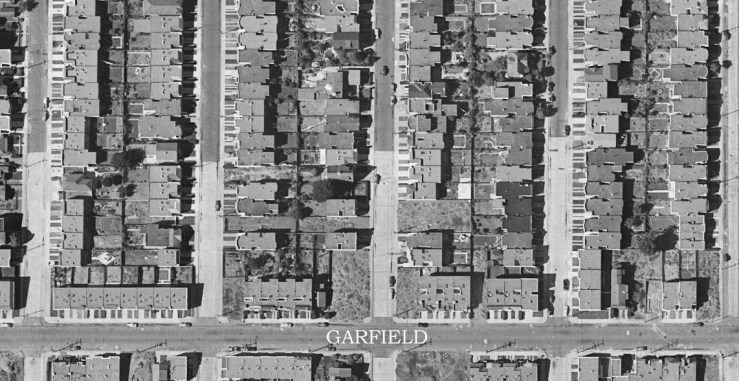 Portion of the 1948 aerial survey, Garfield Street from Vernon to Head, in Ingleside. Soon all the gaps would be filled. DavidRumsey.com