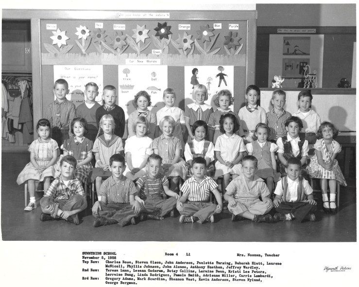 First grade, Sunnyside Elementary School, 1958. Courtesy Greg Adams. View larger.