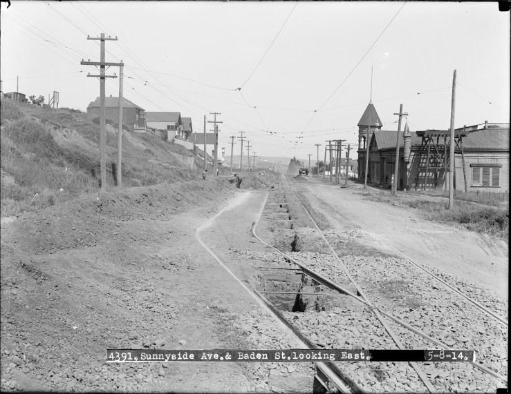Looking east on Sunnyside Ave (now Monterey) from Baden Street toward Acadia Street. Courtesy SFMTA sfmta.photoshelter.com