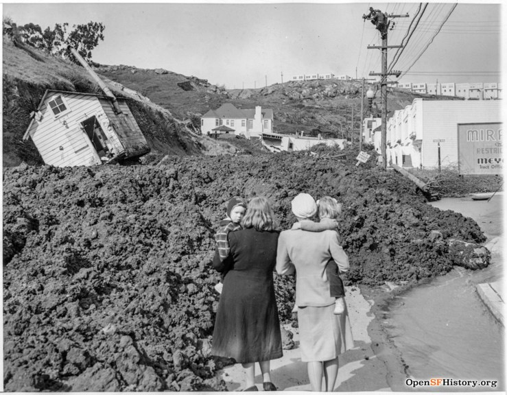 1942. The Foerster Slide filled the street with mud from Mount Davidson and knocked houses off their foundations. Foerster at Teresita. OpenSFHistory.org.