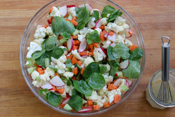 Easy crisp veggie salad for summer