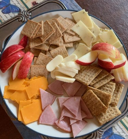easy snack, cheese, meat, fruit crackers