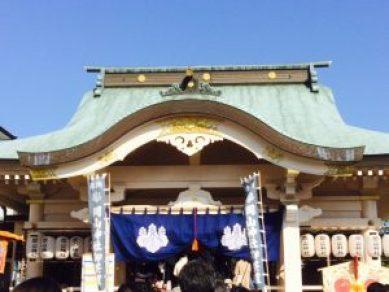 女性専用のエステサロンのリンパマッサージの施術者がお参りに岡山神社に行きました