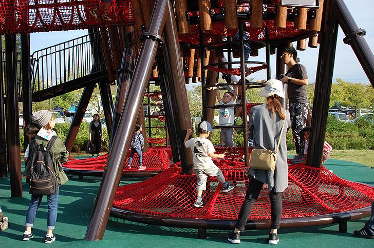 ぎふ清流里山公園の新しい遊具