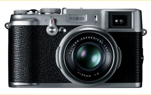 The FujiFilm x100 Mirrorless Camera