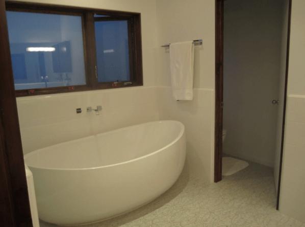 master-bath-2-resized1