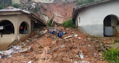 Happening Now: Woman, 3 children trapped as building collapses in Lagos