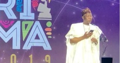 Nigerians Boo Lai Mohammed on stage at the 6th Afrima awards in Lagos (Video)