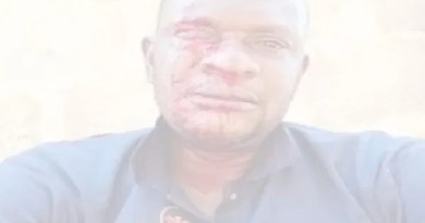 Angry Nigerians beat up NEPA official for distributing bills amid COVID-19 lockdown