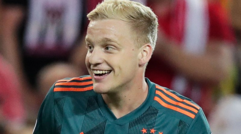 Man United close to seal £50m deal on superstar midfielder as Van de Beek's alternative