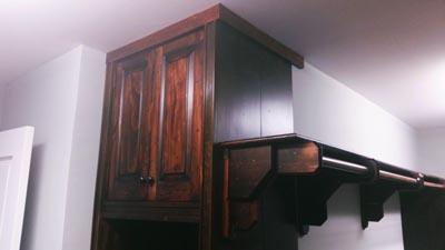 Master Closet in Rustic Pine01