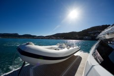 The Williams 385 Sport Jet tender is also up for neotiation