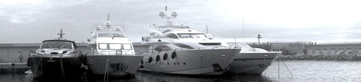 "Sunseeker 105 Yacht ""BUNNY"" moves to new berth in Fontvieille with Sunseeker Monaco"